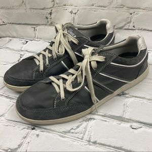 Perry Ellis men's casual runners leather/man made